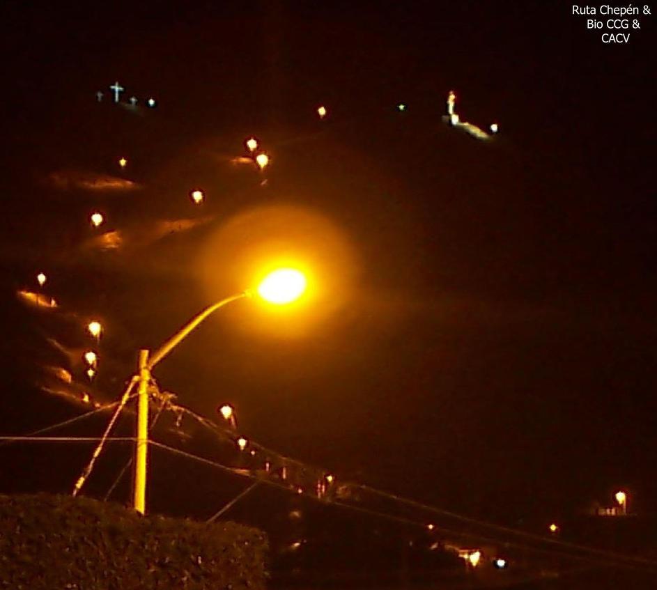75 2011-04-22 (2) Cerro Chepen Via Crucis noche by Chepen-Ruta