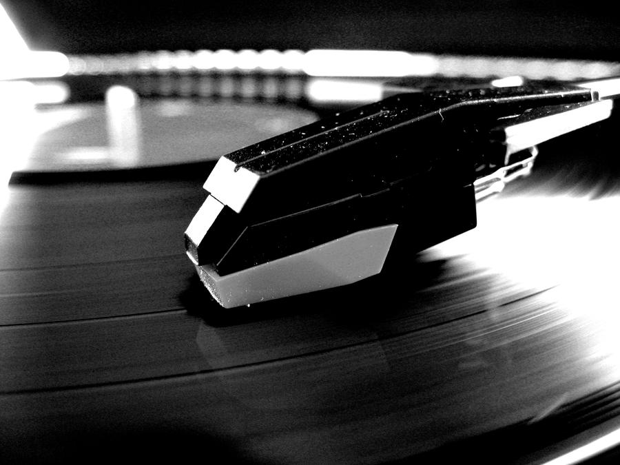 BnW record player for prints by softspokenmc