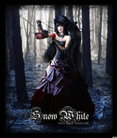 Snow White by MadaB