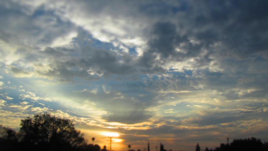 Summer sun set by Shiyan-Kemosabi