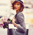 Karlie Kloss - Flowers and Sunshine