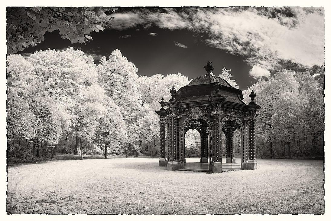 Diana-Tempel by rschoeller