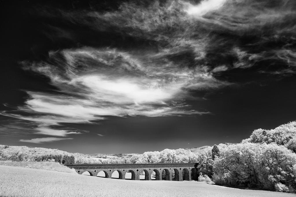 aqueduct by rschoeller