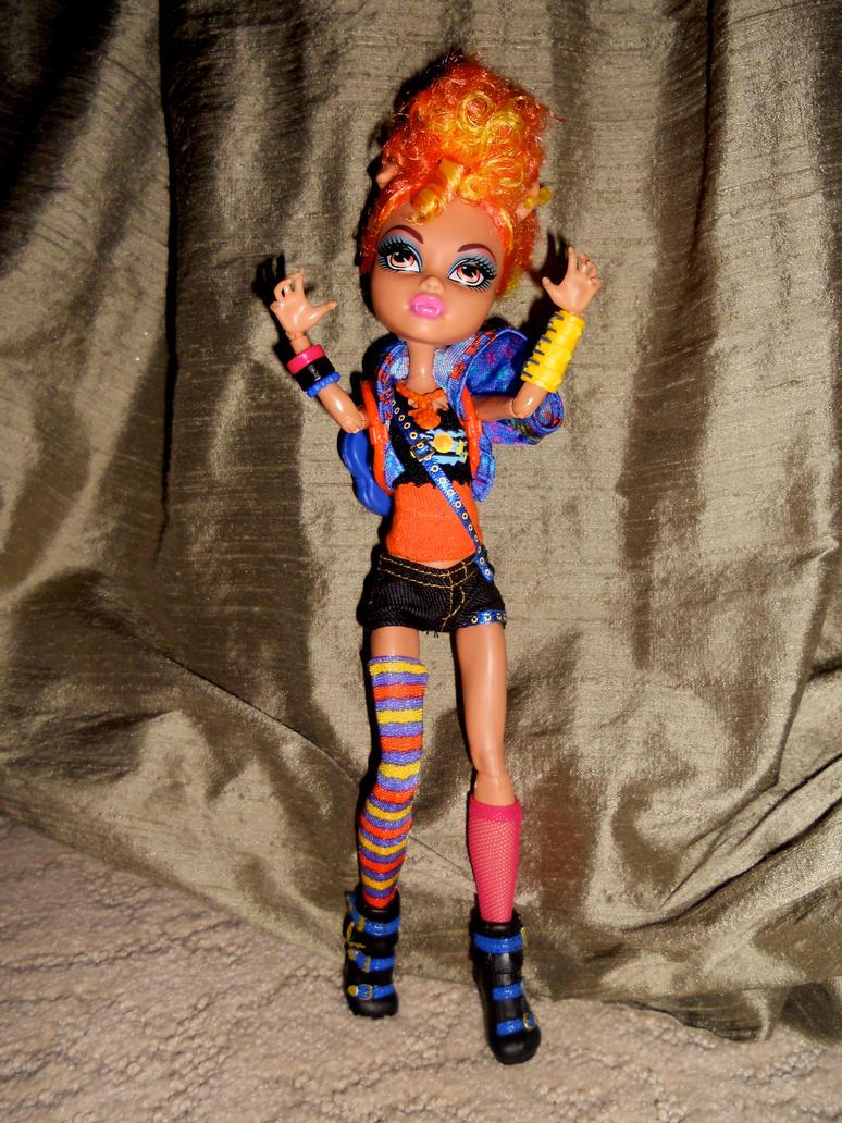 Monster High Howleen Little Monster by invader-hime on ...