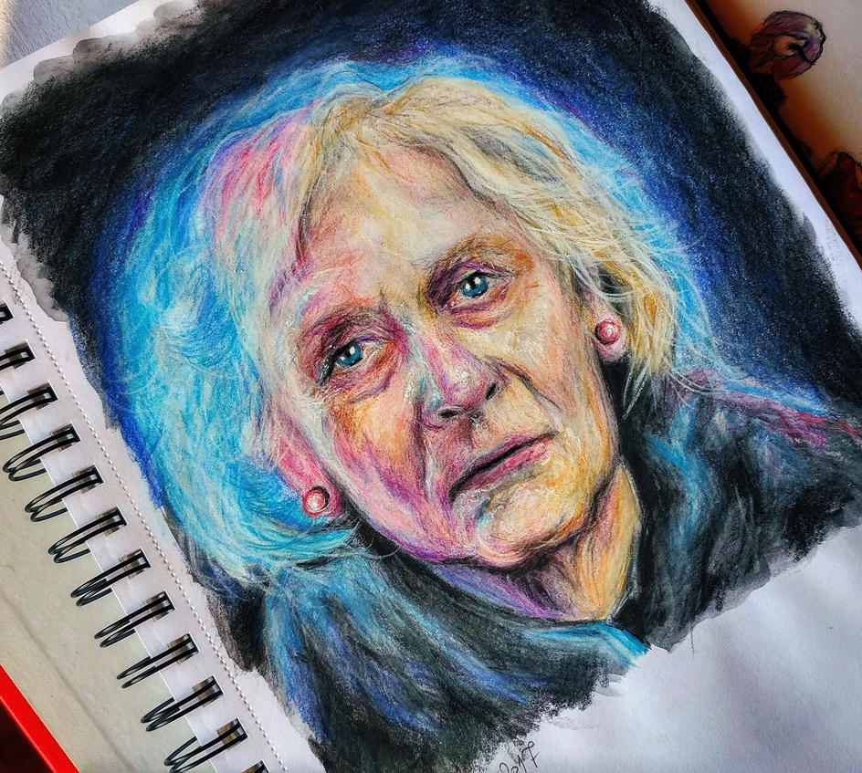 Old lady drawing study by Cleicha