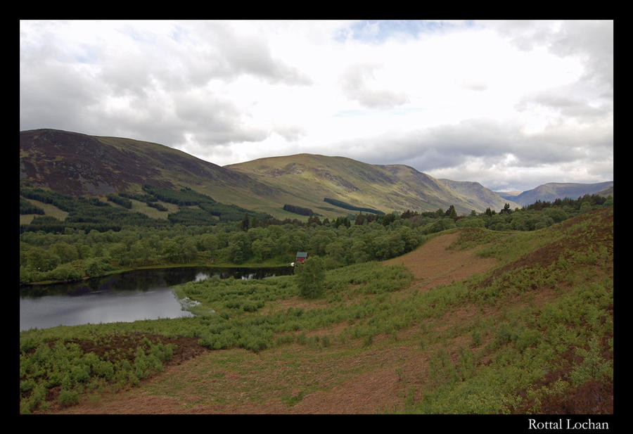 Rottal Lochan by throwntothewolves