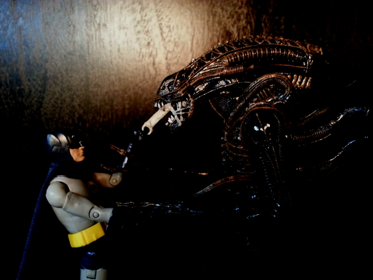 batman vs alien by - photo #5