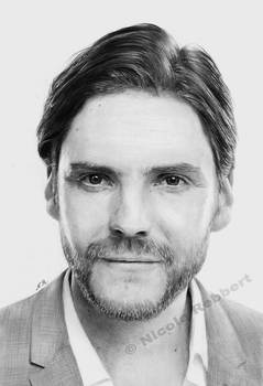 Daniel Bruehl (drawing)