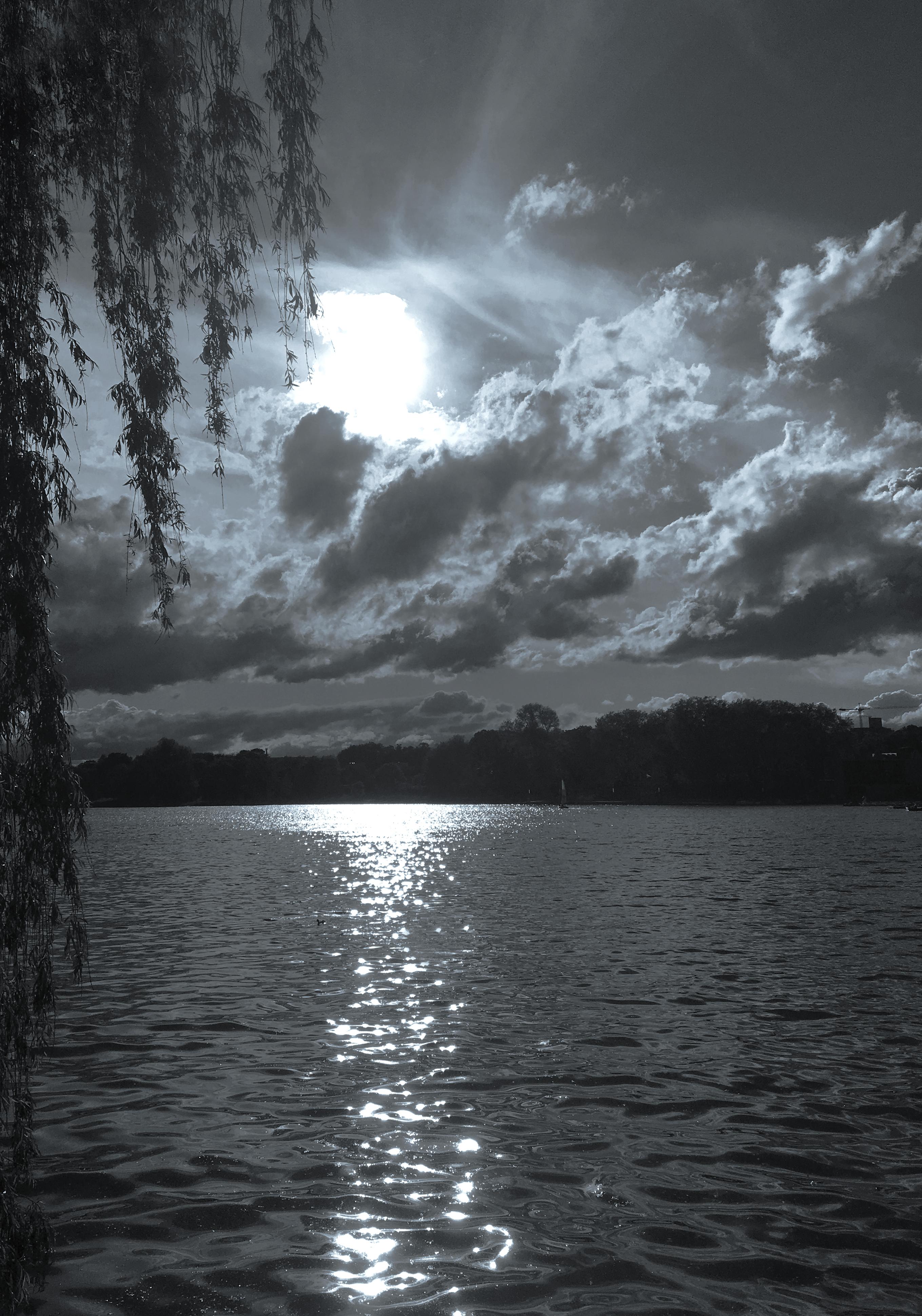Monochrome Lake (c) OJZ 2018