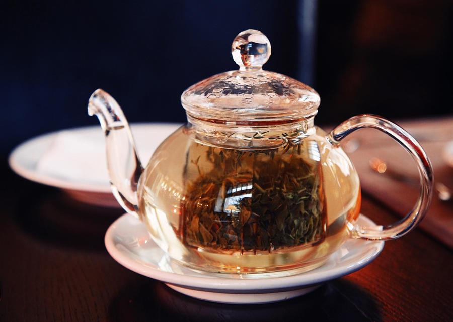 Morning tea by Alhor-Ern