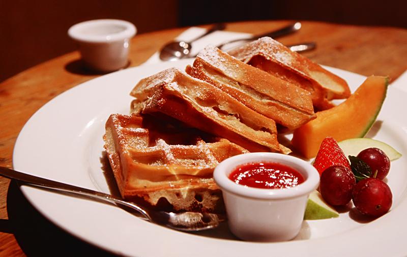 Belgian waffles by Alhor-Ern
