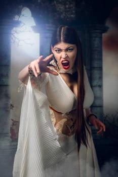 Cosplay: Verona the Vampiress I