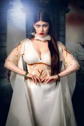 Cosplay: Verona the Vampiress II