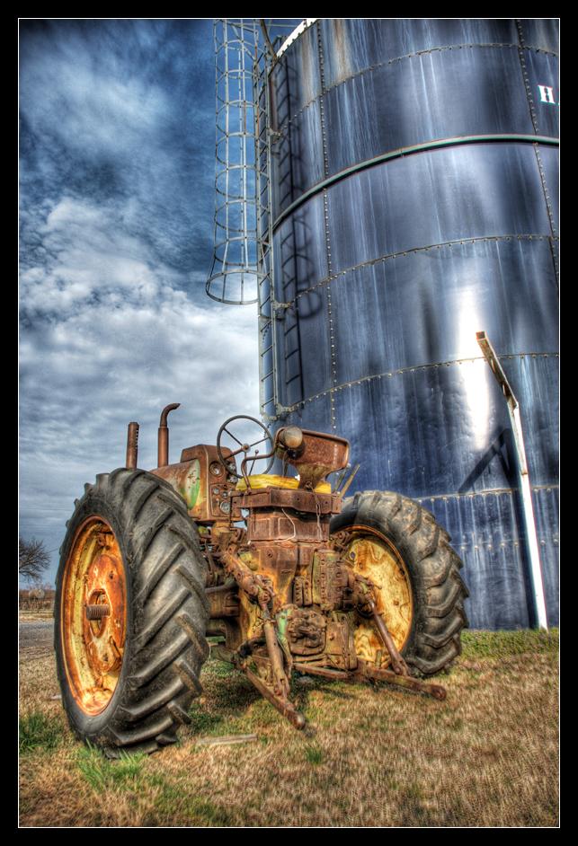 John Deere by aaronbee