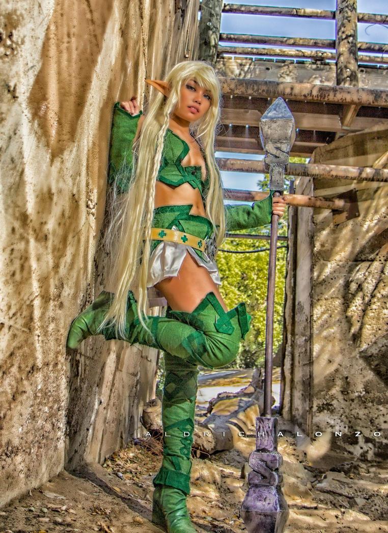 Queen's Blade Cosplay (Alleyne) by 8bitsilver on DeviantArt Queens Blade Echidna Cosplay