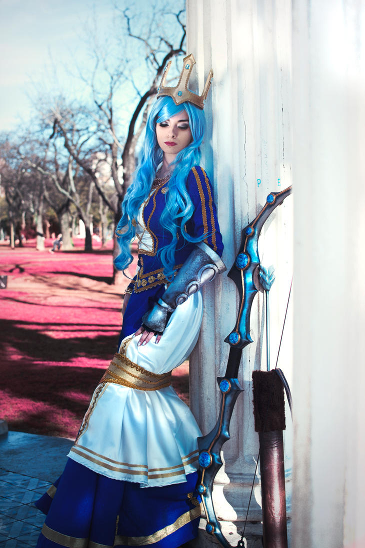 Queen Ashe - League of Legends by ValentinaKryp on DeviantArt
