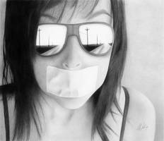 Secret by Liz-Nolin