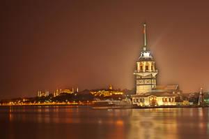 maiden's tower by ahmetkutuk