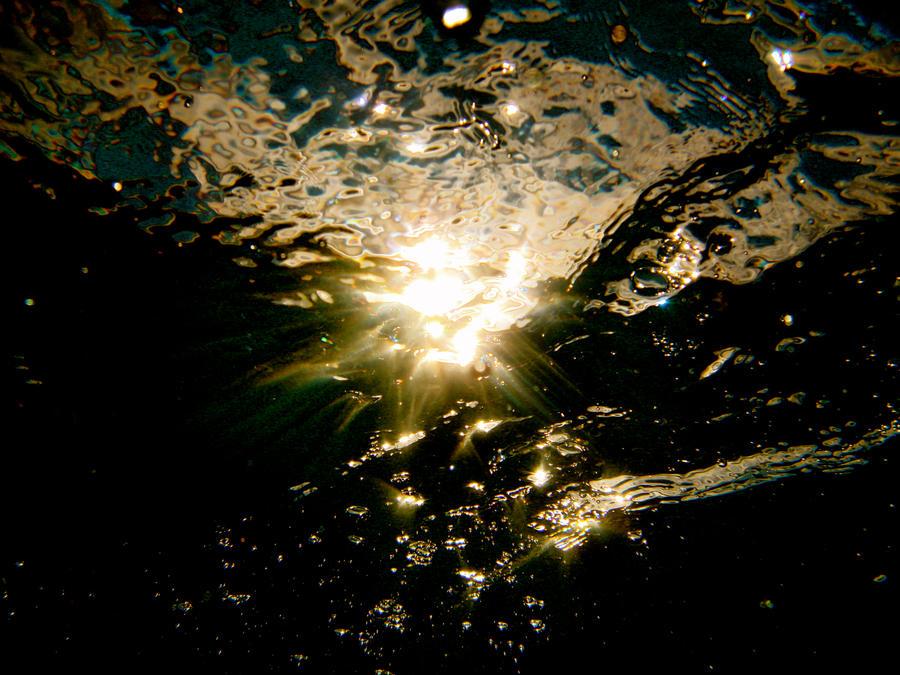 Sky Underwater by xx-gem-xx