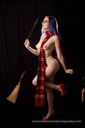 Only The Gryffindor Scarf by MordsithCara
