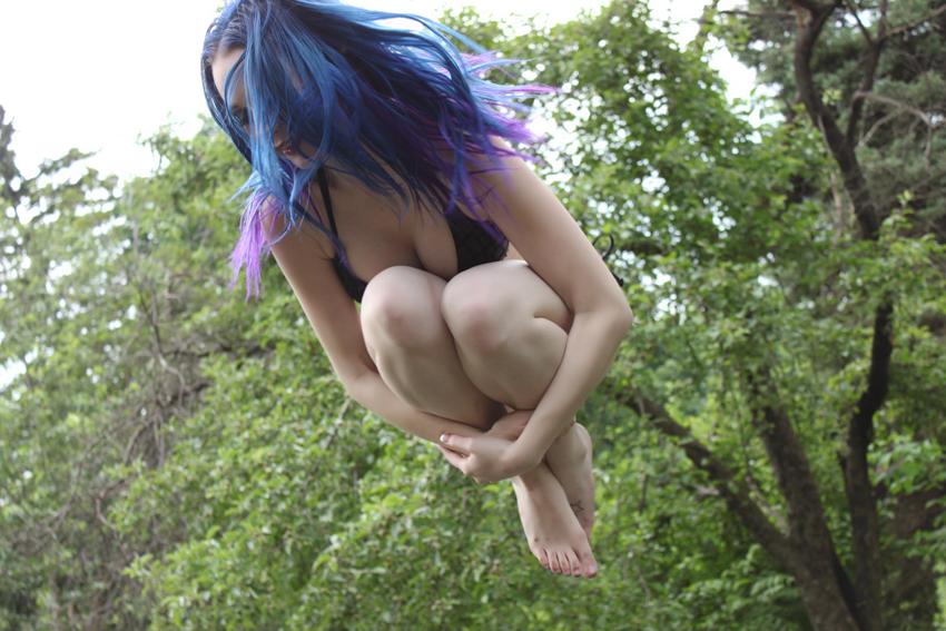 Jumpin' Around 2 by MordsithCara