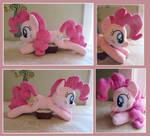 :: My Little Pony Pinkie Pie Plush Beanie ::