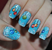 Christmas themed Nail Art by MadamLuck