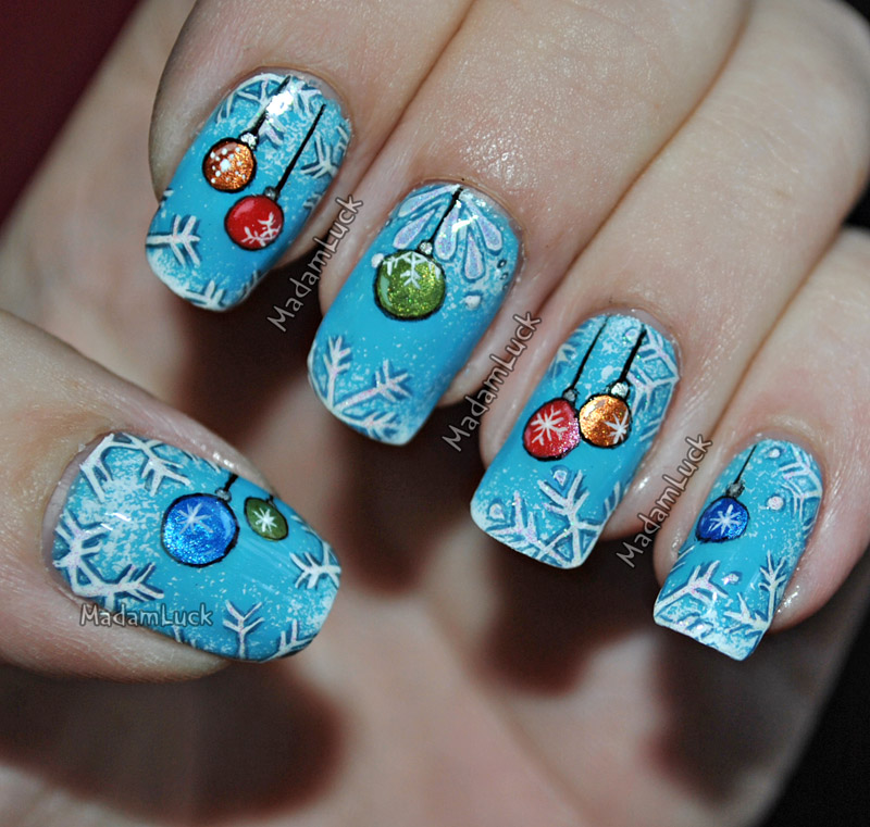 Christmas themed Nail Art by MadamLuck