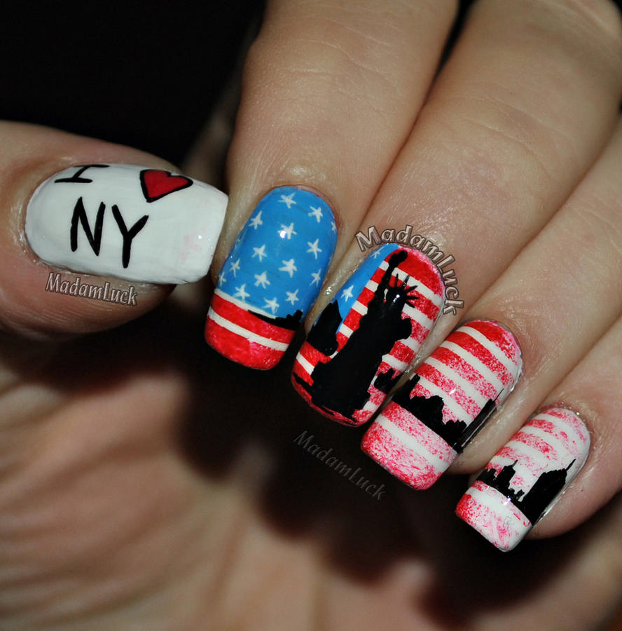 New York inspired nail art by MadamLuck
