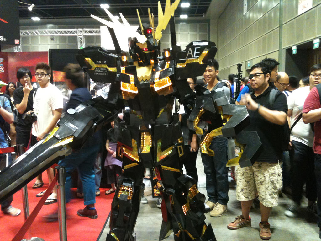 Banshee Unicorn Gundam by transformers-fan123