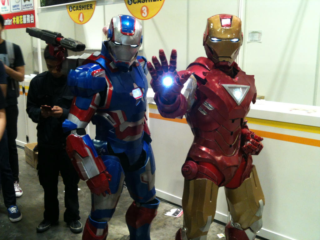Iron Patriot and Iron Man by transformers-fan123
