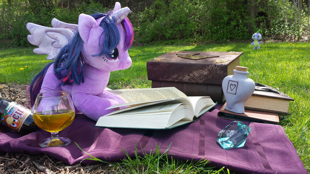 TwilightReading by PixelKitties