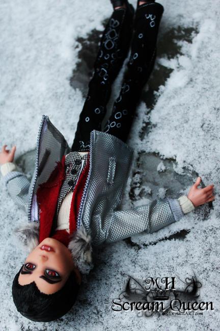 Snow Bat by KittRen