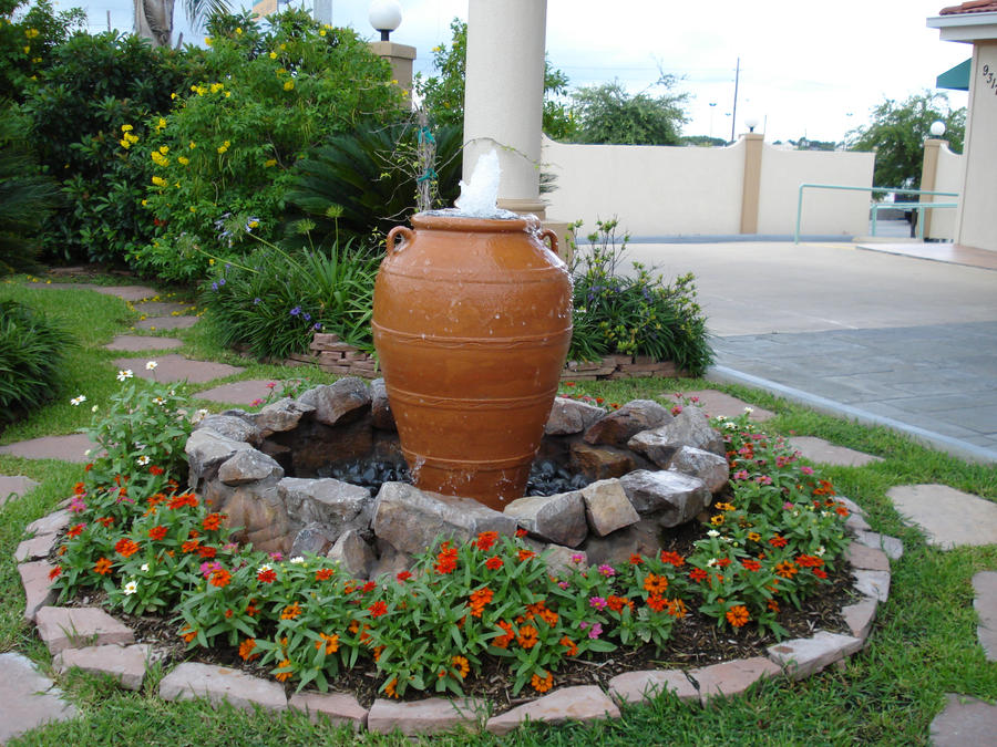 A water fountain pot by paupuness on deviantart for How to make a water fountain