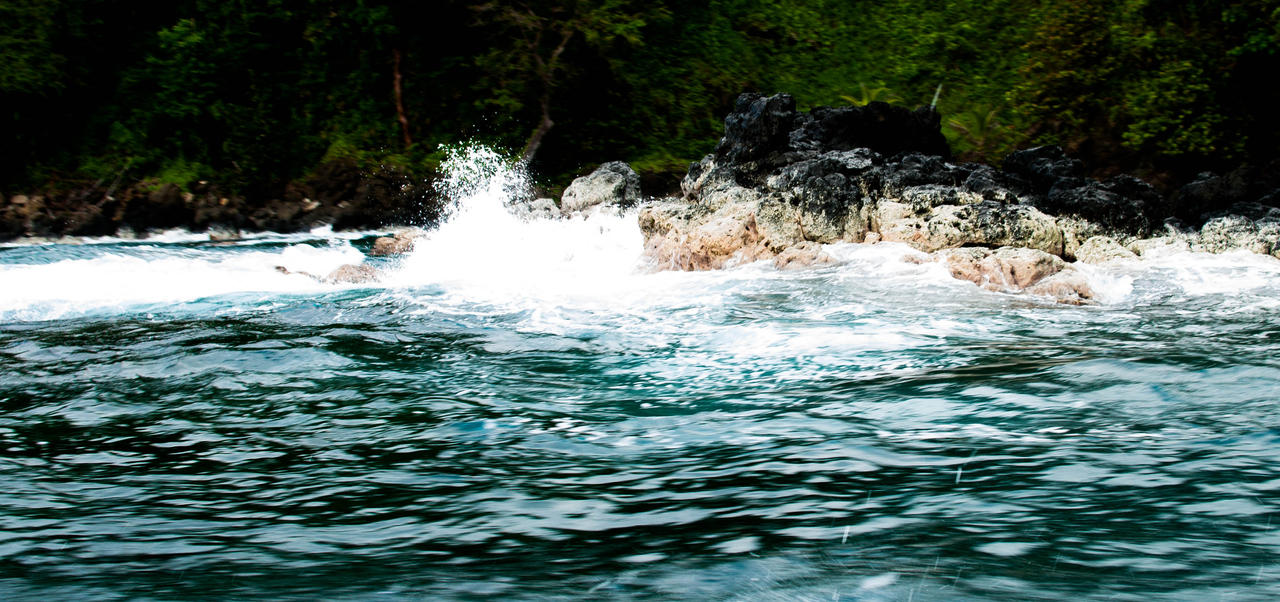Wave Crash by JoseAvilaPhotography
