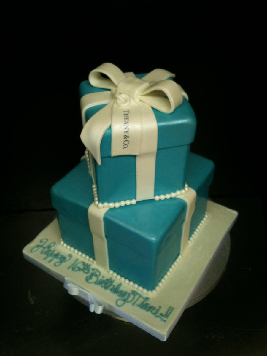 Tiffany and co box cake