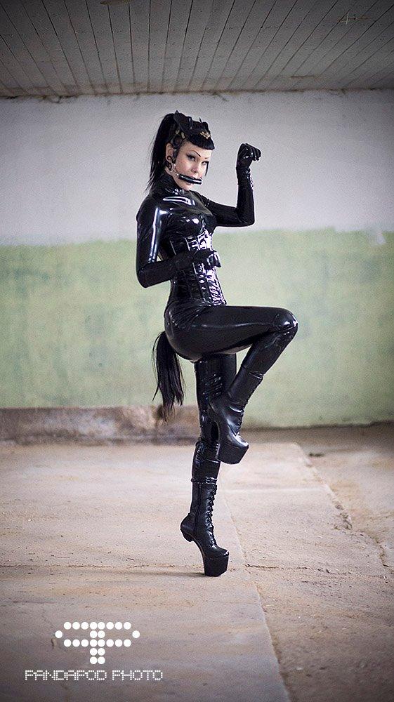Pony girl II by iDementhia