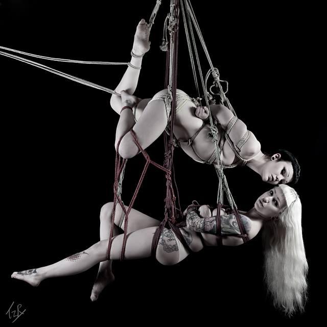 Just hangin' II by iDementhia
