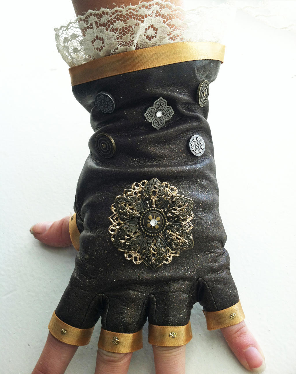 Lacy Leather Steampunk Gloves by NBetween