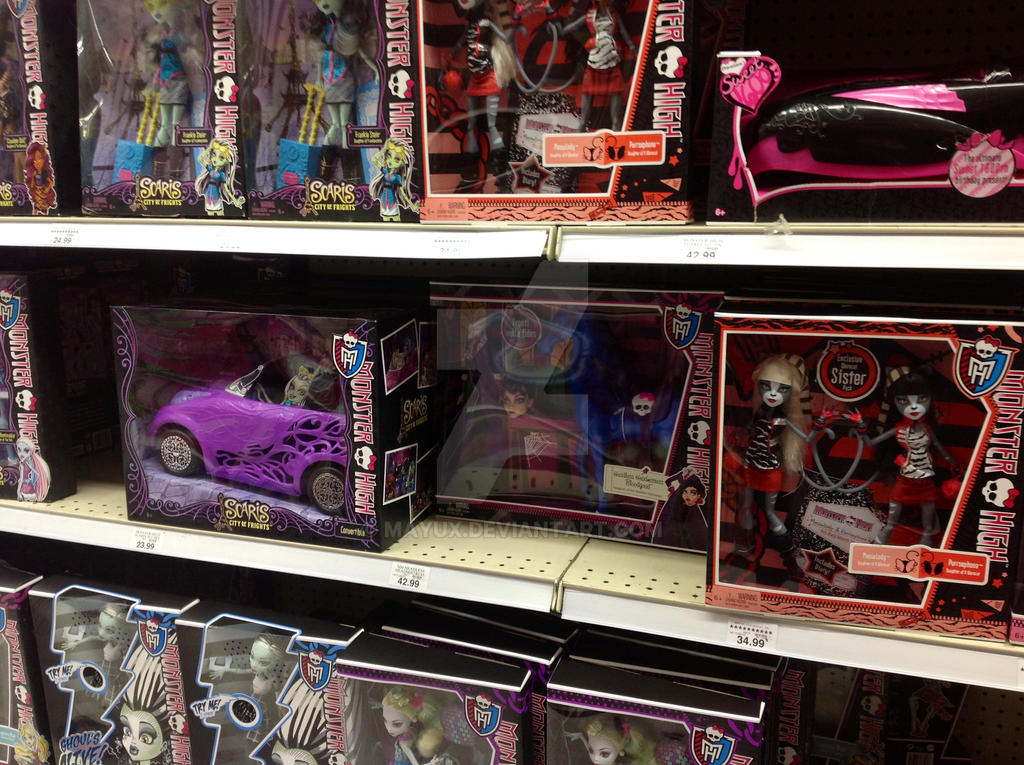 Ever After High Toys R Us : Monster high at toysrus by mayux on deviantart