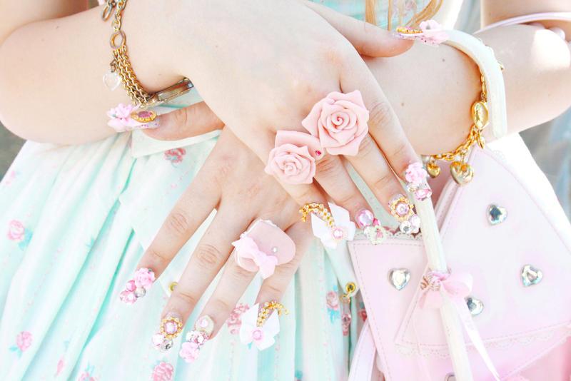 sweet nails by chibi-banane