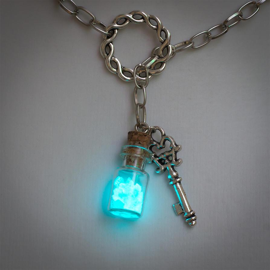 Aqua glow #1 by FrozenNote