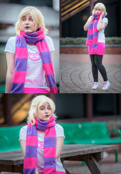 Roxy Lalonde cosplay
