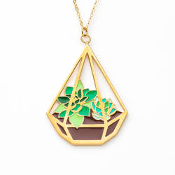 Triangle Terra necklace by FrozenNote