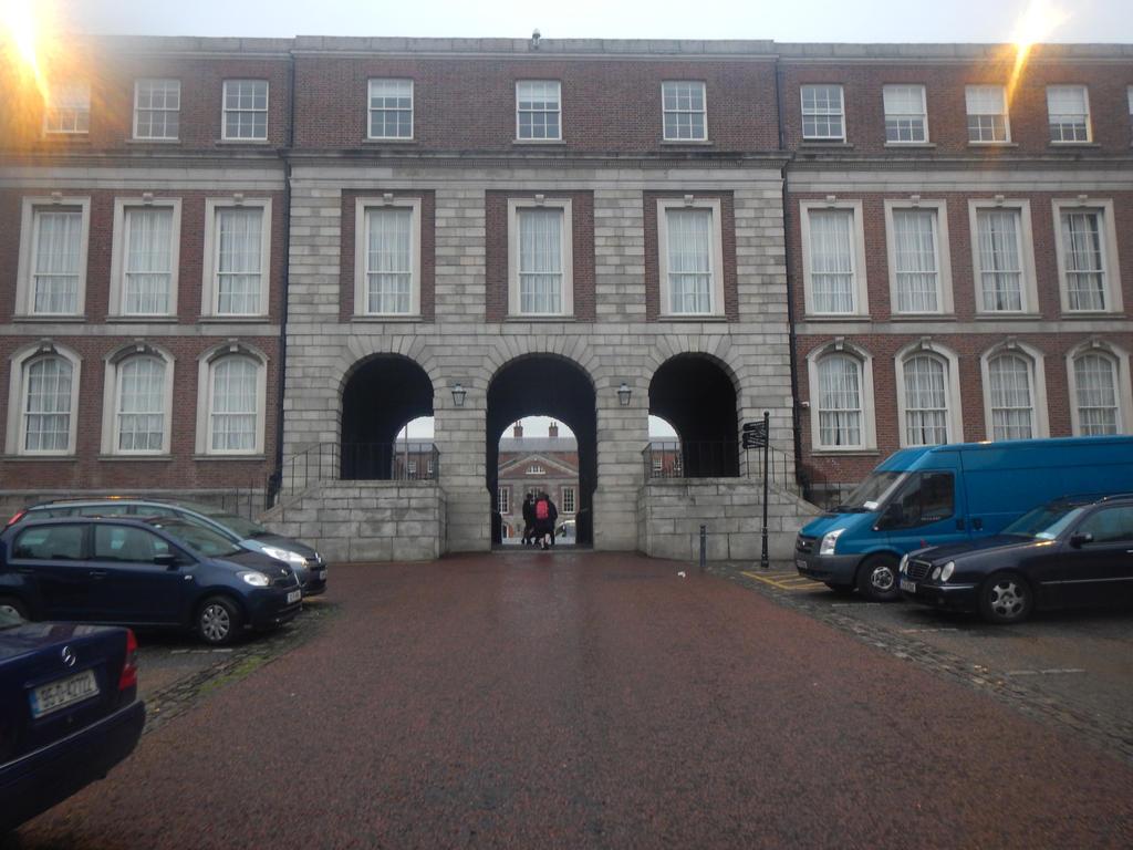 Dublin Castle - Inner Courtyard Entrance by Luigifan18