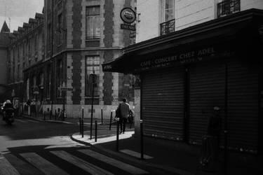 Paris Street 822
