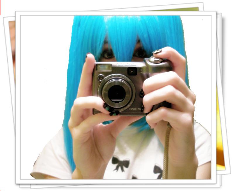 A Miku and Her Camera by BakanaChan