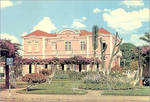 Banco de Angola em Malange by napolean-hell