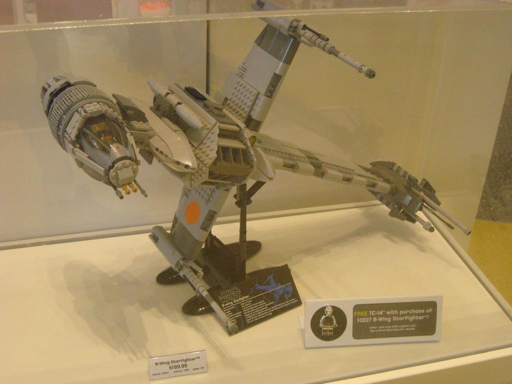 Lego Star Wars B Wing Star Fighter by granturismomh