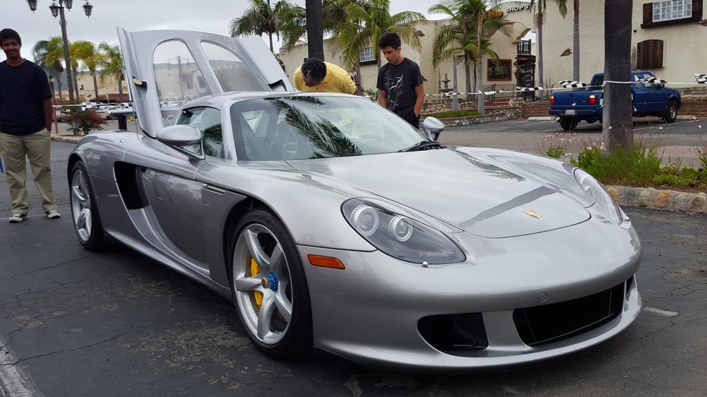 Porsche Carrera GT  by granturismomh